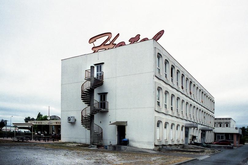 http://www.demitourdefrance.fr/files/gimgs/th-10_hotel.jpg