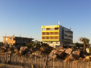 http://www.demitourdefrance.fr/files/gimgs/th-22_Sud_Mer_hotel.jpg