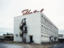 http://www.demitourdefrance.fr/files/gimgs/th-51_hotel_v2.jpg